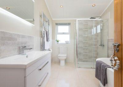 Oakgrove Tallow Bathroom1